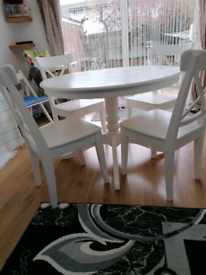 Ikea extendable dining table with chairs