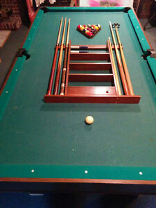 TABLE DE BILLARD/SNOOKER