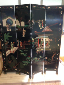 CHINESE BLACK TEAKWOOD AND COROMANDEL LACQUER  FOLDING SCREEN
