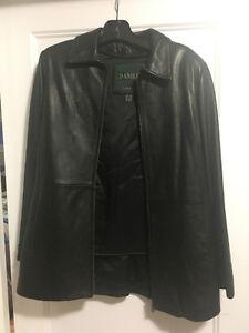 Danier women's black leather jacket