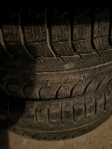 4 x 1956515 195/65r15 Michelin xice hiver Toyota 15 pouces
