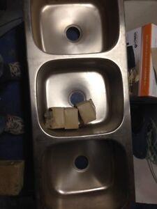 Triple sink