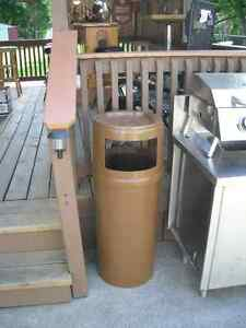 25 Gallon Industrial Garbage Can