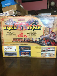 BACHMANN - EMMETT KELLY JR. CIRCUS Electric Train Set - G Gauge