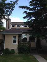 Newly renovated pet friendly 3 bedroom house in Strathcona Park