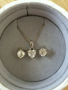 Heart shaped cubic zirconia