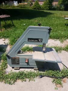 Delta table top bandsaw