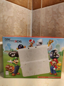 New Nintendo 3DS (White) Mario Edition