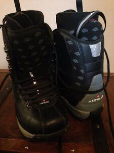 Airwalk Snowboarding boots SIZE 7