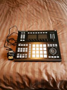 Maschine Studio Drum Machine