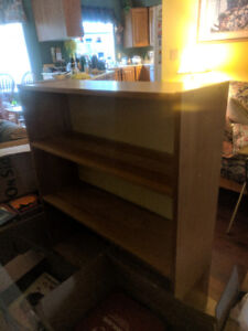 Pinewood bookcase w two shelves