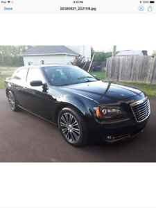 2013 Chrysler 300s AWD. Low km