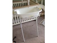 Baby bath and stand £10