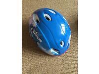 Thomas tank engine boys helmet