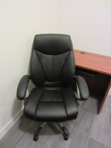 Luxury Black Computer Chair