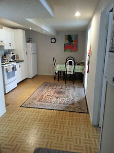 ****BRIGHT TWO BEDROOM BASEMENT APARTMENT****