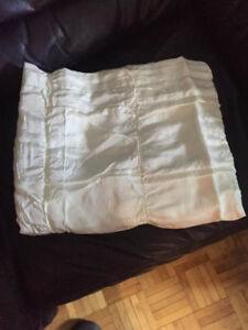 Rideaux en soie blanc cassé (Off white)  52 x 84