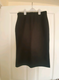 Black skirt - Size 14 - Collection only