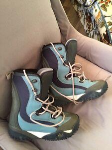 Snow Board boots - men's 9 women's 10