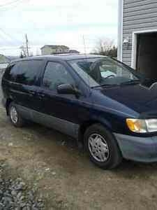 2003 Toyota Sienna ce plus Minivan, Van(reduced)