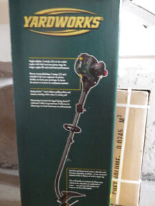 MOVING*URGENT TO GO-NEW GRASS GAS TRIMMER, 25cc