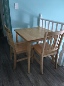 Solid dining table set for 2