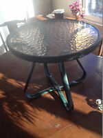 patio table - $20 (vancouver bc)