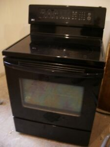 LG Convection oven smooth top - great shape, delivery avail