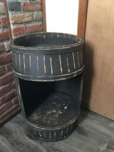 baril/tonneau en bois antique coupé/mini bar