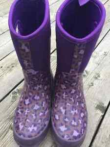 Storm by Cougar boots Size 3