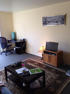 Sublet available on a room in a 2-bedroom apartment Jan 1st West Island Greater Montréal image 5