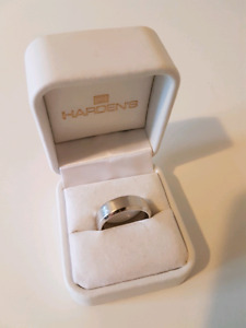 14k Pure White Gold Ring