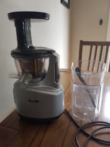 Breville Masticating Juicer