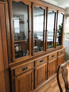 WOOD AND GLASS LARGE DINING CREDENZA