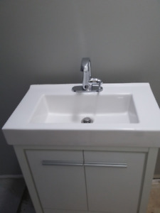 Small Bathroom Vanity. Includes Faucet