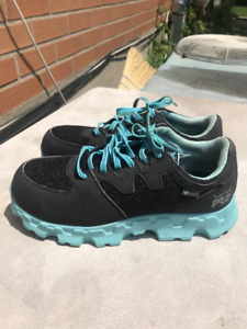 SAFETY WORK SHOES -TIMBERLAND - SIZE 7 WOMEN ORIGINAL PRICE 130$
