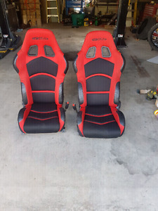 Ractive racing seats for home in great shape