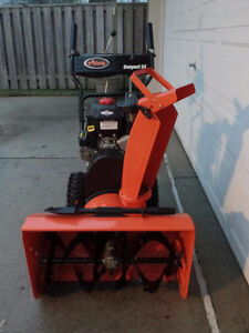 2-STAGE Snowblower: Like NEW