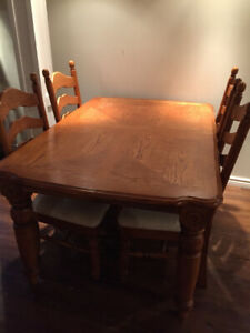 Dining table set with 8 chairs with extension