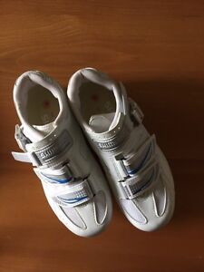 Shimano R41 Shoes White (Womens), size 38