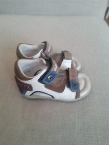 Geox Sandals size 5.5