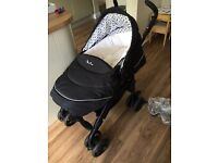 Silver cross 3D car seat/ carrier cot / push chair / changing bag/ rain cover