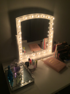 Table stand Mirror with light