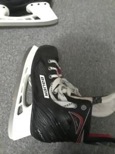 Bauer vapor size 7.0 shoe size 8.5