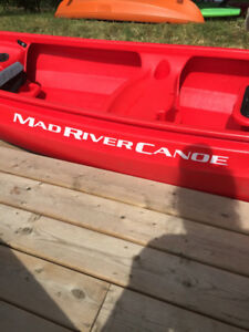 Mad river 14 foot Canoe