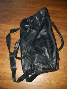 Leather bag carry on size