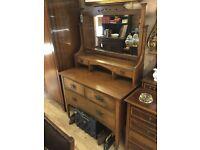 Antique oak bedroom dresser