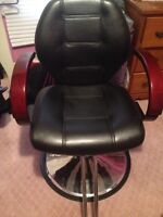 hairstyling chair
