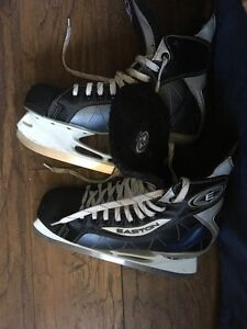 Women's Size 8.5 Hockey Skates - Used