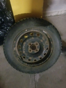 185/65/15  3 Dunlop tires like new